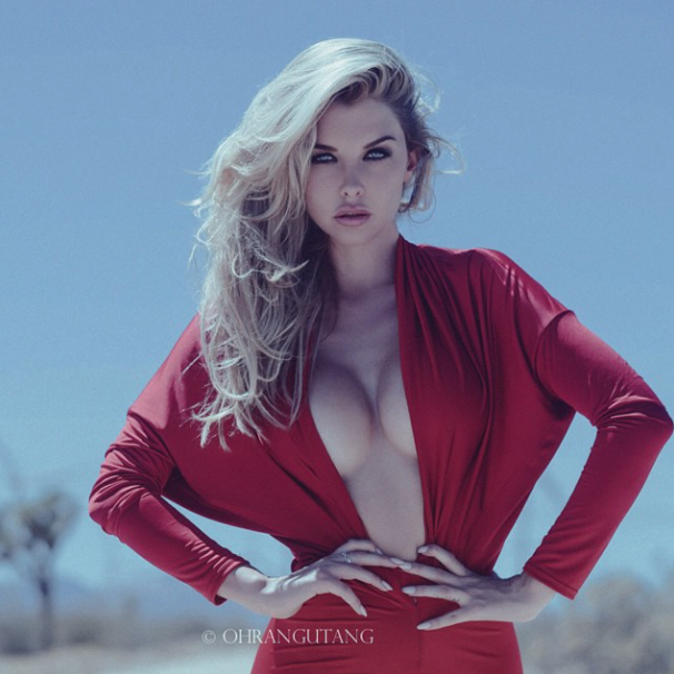 Fit girl of the week emily sears